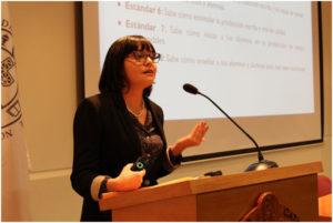 Dra. Natalia Ávila, de la P. Universidad Católica de Chile