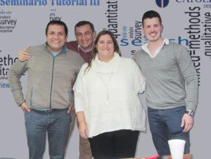 Daniel Aravena, Luis Díaz (alumnos de segundo año del Doctorado en Educación), Dra. Mariana Lazzaro-Salazar (profesora del Seminario III) y Lucas Pujol-Cols (profesor invitado)